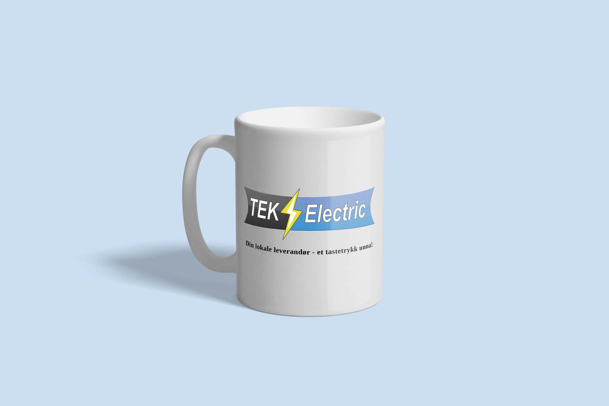 TEK Electric sin logo plassert på en kopp