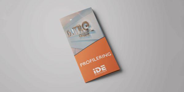 Design av trifold for IDE Systemer med bedriftens produkter og tjenester.